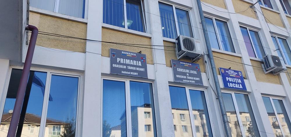 in perioada 11-31 martie 2020 se suspendă activitatea de relaţii cu publicul, registratură, audienţe la primăria oraşului Târgu-Neamţ.